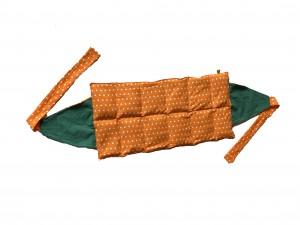 Körnerkissen mit Rapsfüllung groß Orange Punkte / Grün mit breitem Band 56x28 cm